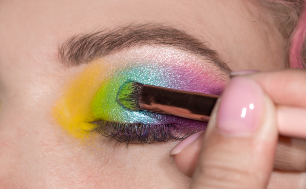 maquillaje arcoiris paso a paso